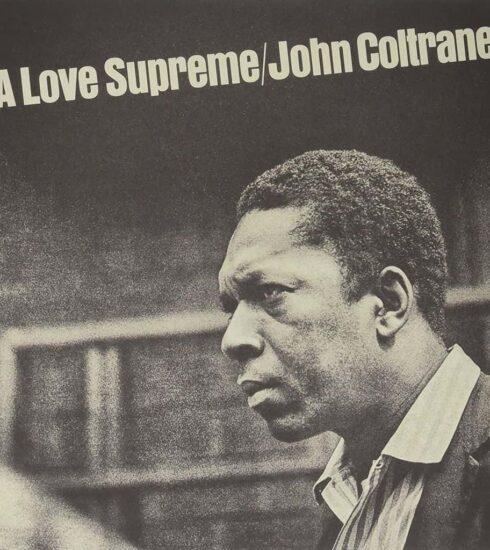 """John COLTRANE sort l'album """"A Love Supreme"""" en 1968"""